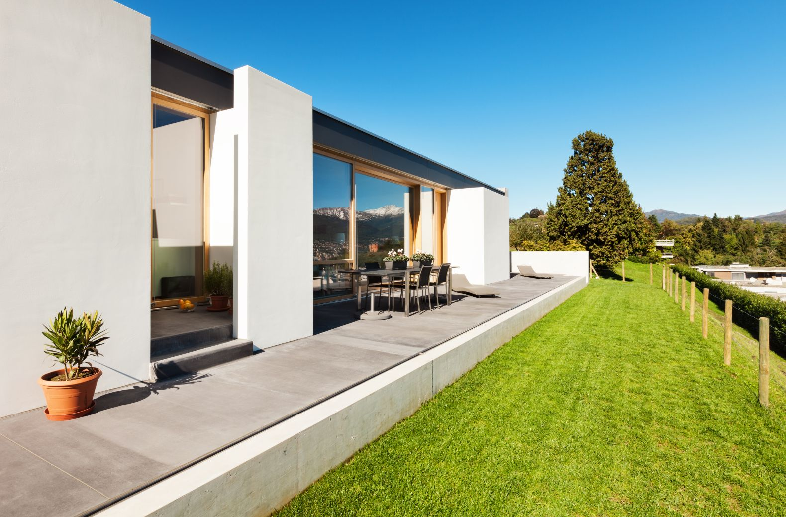 Outdoor deck and turf laying on the Mornington Peninsula