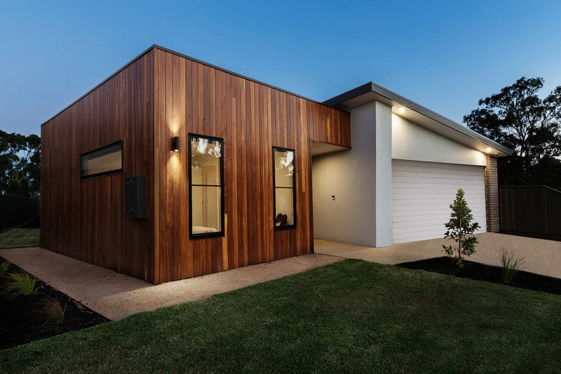 Modern landscaping for front and back yard of a house - Mornington Peninsula Vic